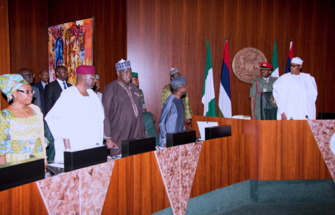PRESIDENT BUHARI PRESIDES OVER FEC MEETING 0A&B. R-L; President Muhammadu Buhari and Vice President Yemi Osinbajo during the Federal Executive council Meeting held at the Council Chamber of the State House in Abuja. PHOTO; SUNDAY AGHAEZE. MAR22 2017