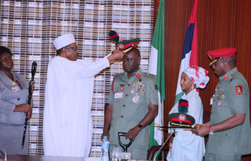 PRESIDENT BUHARI DECORATES COMM'DER GUARD BRIGADE, MAJ GEN YUSUF .DEC 5 2017