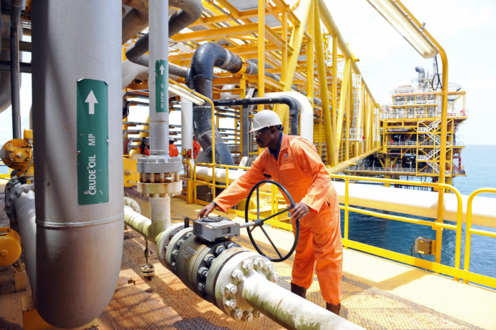 Oil price hits six-month high of $74