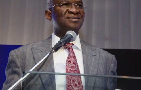 Fashola to deliver Lagos Traffic Radio lecture on Thursday