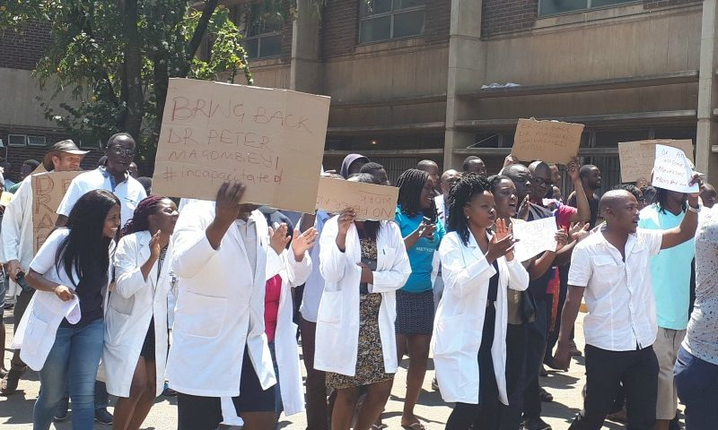 COVID 19: Zimbabwe doctors serve strike notice, demand pay in US dollars